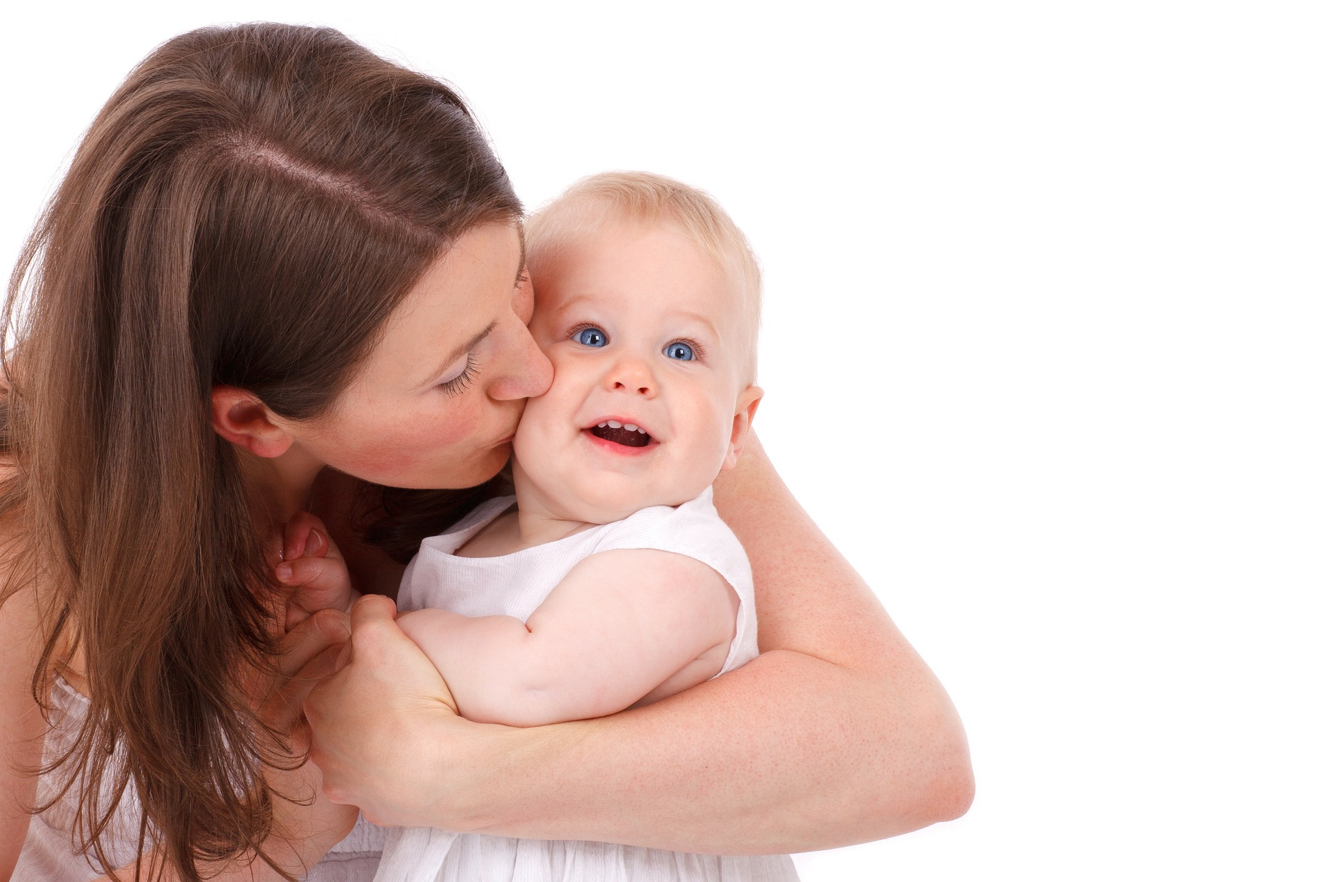 出産後メイク用品の選び方が変わったママ『約7割』